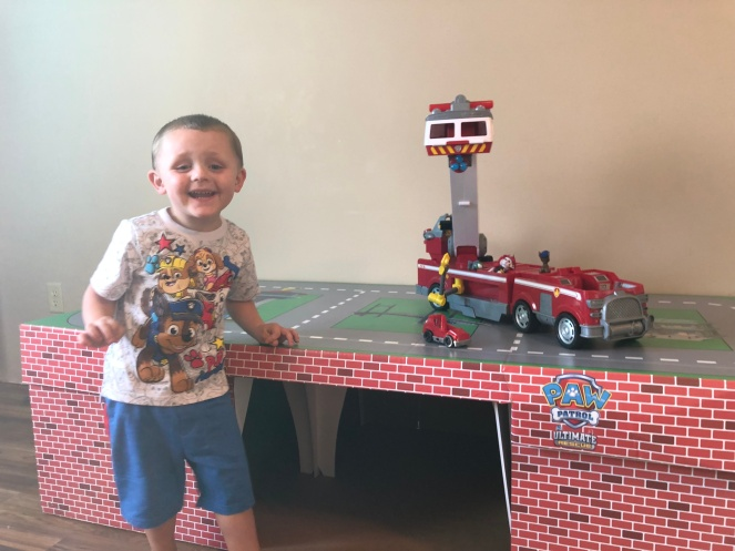 PAWtastic Paw Patrol Pop Up Garage and Ultimate Fire Truck
